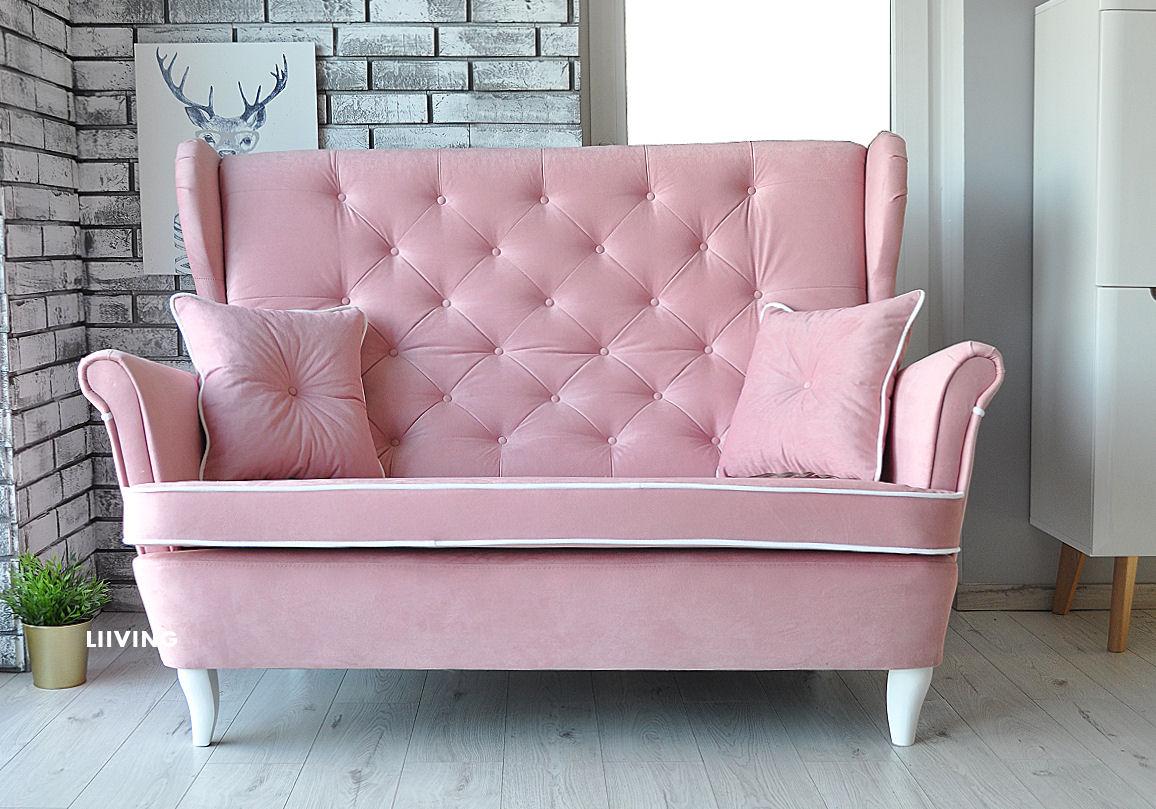 różowa kanapa uszak z lamówką