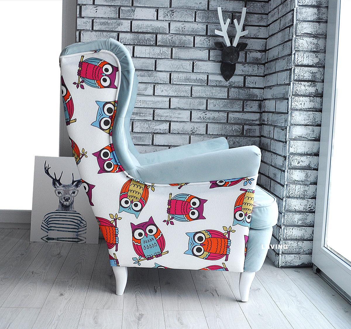 tkanina w sowy na fotelu