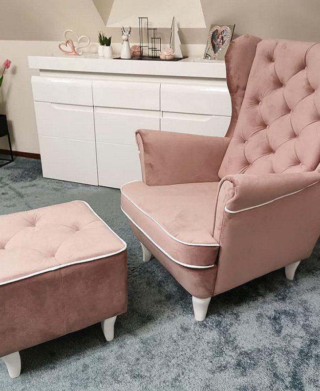 fotel z lamówką