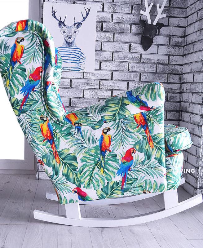 fotel w tkaninie papugi